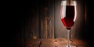 España exporta más cantidad de vino, aunque a menor precio
