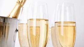 La buena marcha del espumoso mantiene estable el valor del vino importado en Estados Unidos y Canadá