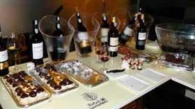 El Colectivo Epikuria apostó por el dulce en su Taller de Oportos y Chocolates