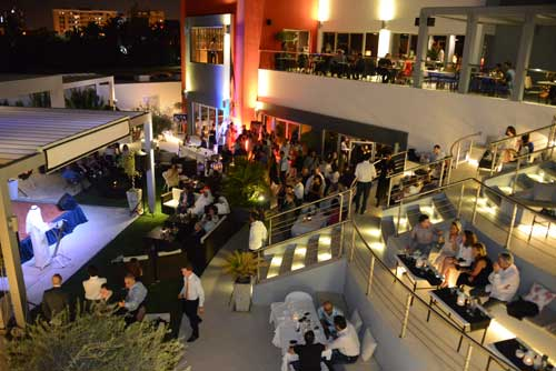 Tecnovino Vinoteca Barcelona Bahrein Bodegas Torres inauguracion 2