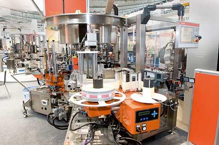 Tecnovino equipos de etiquetado de vino Krones Kosme Flexa