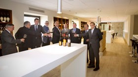 Una enotienda e instalaciones de enoturismo marcan el 125 aniversario de Bodegas Riojanas
