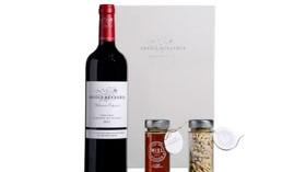 Un estuche gourmet con el vino Abadía Retuerta Selección Especial 2011