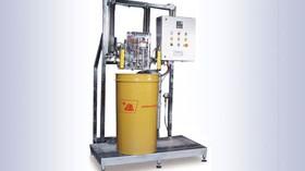 Una llenadora automática para envases de pequeño formato y de gran capacidad