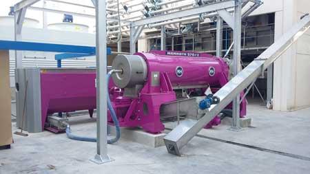 Tecnovino sistema Pieralisi de mosto y vino limpio 2