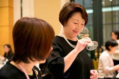 Tecnovino vinos espanoles Sakura 2