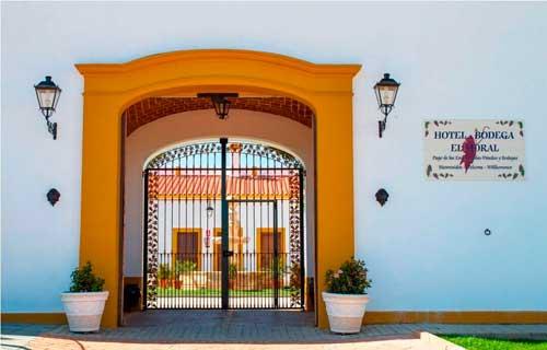 Tecnovino hoteles para hacer enoturismo Espana El Moral 1
