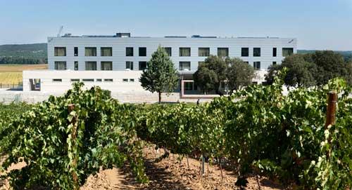 Tecnovino hoteles para hacer enoturismo Espana Valbusenda 1