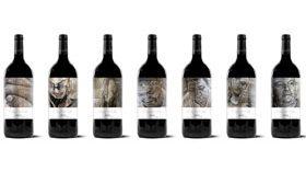 Siete vinos en formato magnum, tan grandes como los murales de su etiqueta
