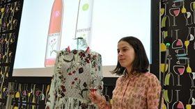 Elena Rial viste la nueva añada de los vinos Homenaje