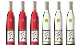 Homenaje 2016, un vino rosado y un blanco que se visten con las flores de la diseñadora Elena Rial