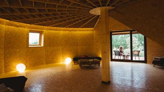 Tecnovino construccion para bodegas y en turismo Ecologic dome Chapeau Vert 3