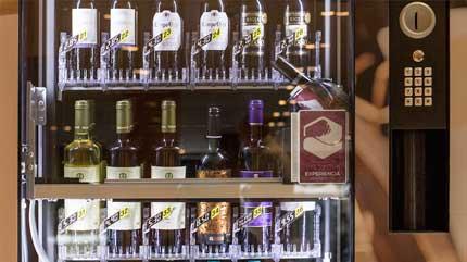 Tecnovino maquinas de vending vino Vinate Vending 2