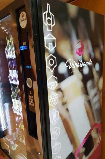 Tecnovino maquinas de vending vino Vinate Vending 3