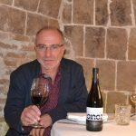 Bodega Carlos Moro lanza Oinoz, la nueva marca de vinos de la D.O.Ca. Rioja