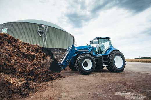 Tecnovino tractor a metano New Holland