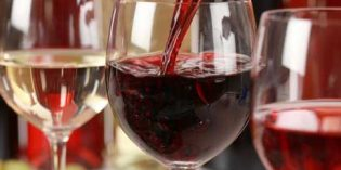 Las ventas de vino español a Asia y Latinoamérica se disparan y en África se recuperan