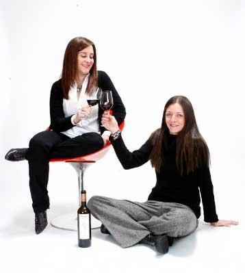 Tecnovino vinos con nombre de mujer Maria y Cristina Amezola