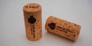 Tapones de Finca: en Empordà se embotella vino empleando corcho de proximidad