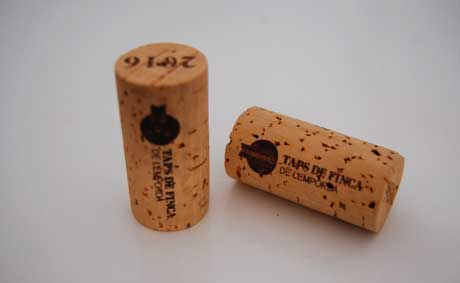 Tecnovino Tapones de Finca embotellar vino Emporda 1