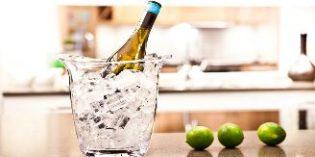 ¿Cómo enfriar el vino en diez minutos sin alterar su sabor y propiedades?