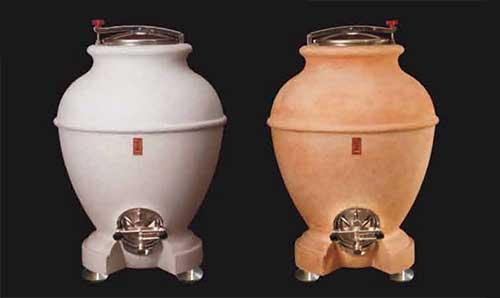 Tecnovino depositos de vino anfora cemento cocciopesto Drunk Turtle