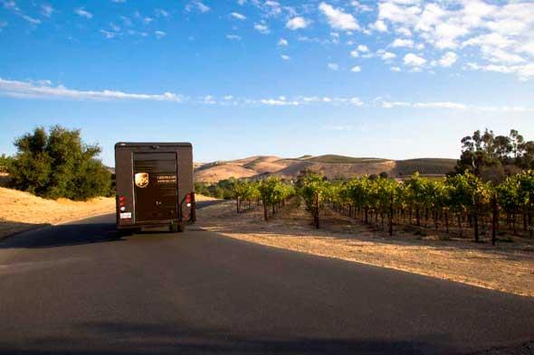 Tecnovino viaje de una botella de vino UPS 1