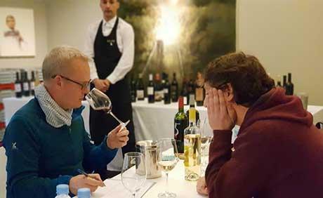 Tecnovino vinos de Abra Tim Atkin