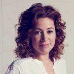 Retrato de Almudena Alberca, primera mujer Master of Wine en España