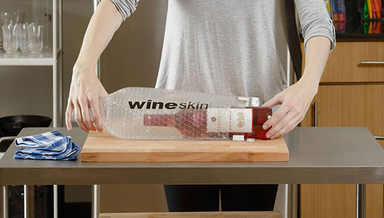 Tecnovino transportar vino en la maleta Wineskin detalle