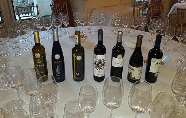 Tecnovino concurso de vinos de pequeñas do's