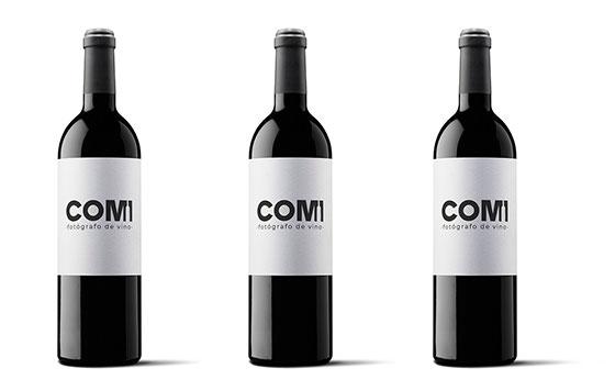 Tecnovino imagen de una botella de vino fotografo Jorge Comi detalle