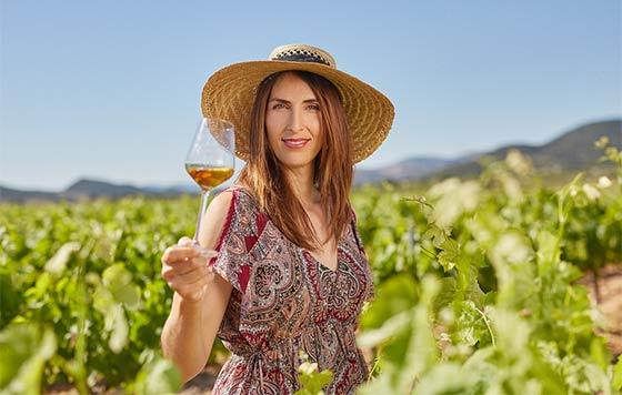 Tecnovino Vinos Alicante DOP campana producto local detalle