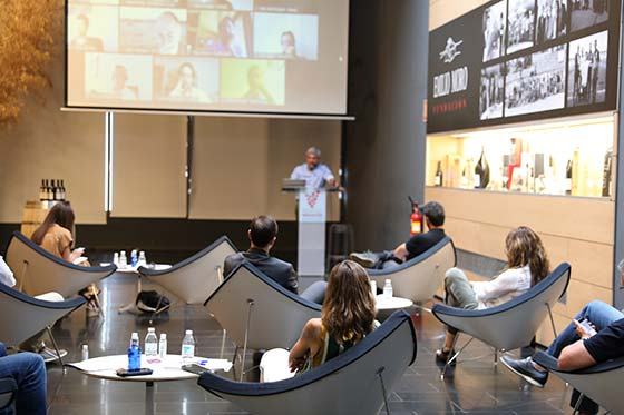 Tecnovino Premio a la Innovación Emilio Moro robot para la poda de vinedos