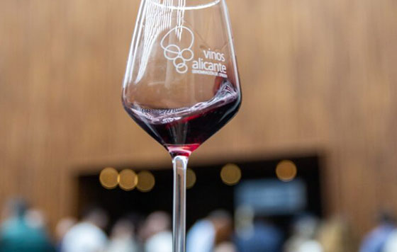 Tecnovino Vinos Alicante DOP detalle