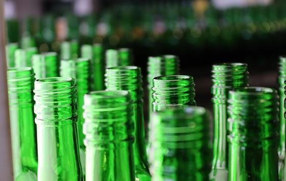 Tecnovino botella de vidrio más sostenible Vidrala