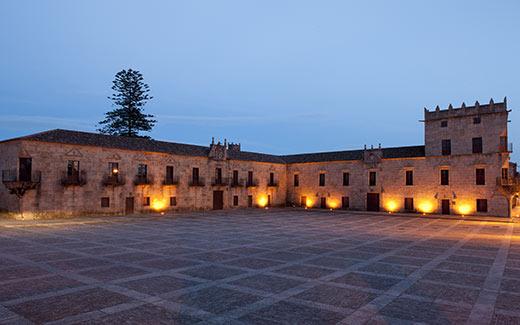 Tecnovino Ruta del Vino Rias baixas Plaza y pazo de Fefinanes copy Xurxo Lobato