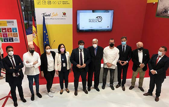 Tecnovino enoturismo Acevin  FITUR Región de Murcia detalle